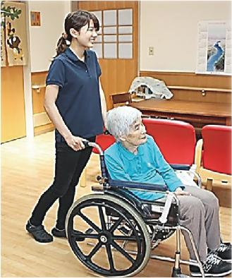 社会福祉法人 上越あたご福祉会 デビュー Debut! 上越 就職情報 高校生 介護の仕事